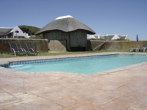 Year round heated pool at Draaihoek Lodge guests' disposal